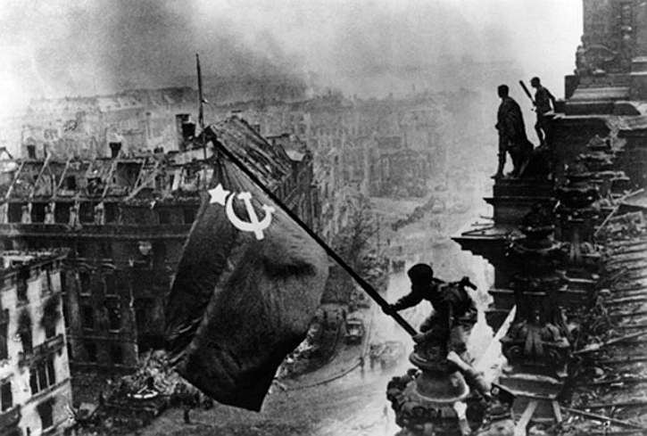 reichstag-red-army-1945